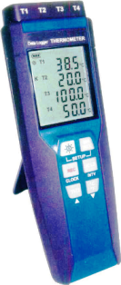 Center Four channel temperature data loggers